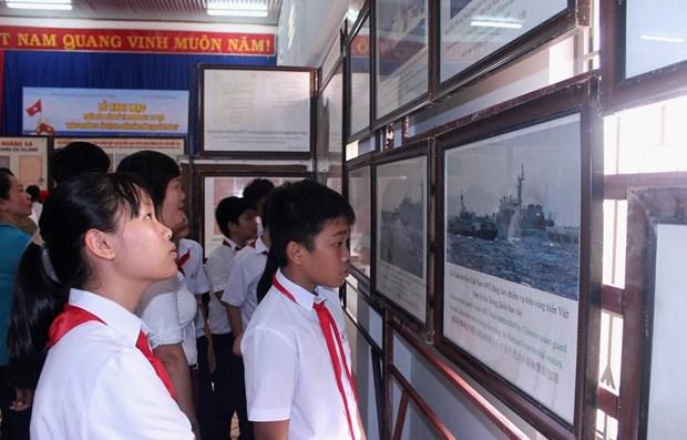 Exposition sur les archipels de Hoang Sa et Truong Sa a Binh Thuan hinh anh 1