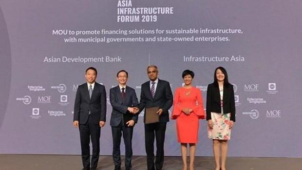 Le developpement des infrastructures en Asie au cœur d'un forum a Singapour hinh anh 1