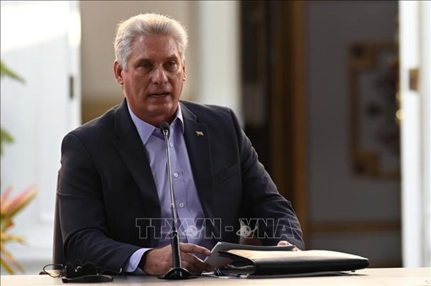 Message de felicitations aux dirigeants de Cuba hinh anh 1