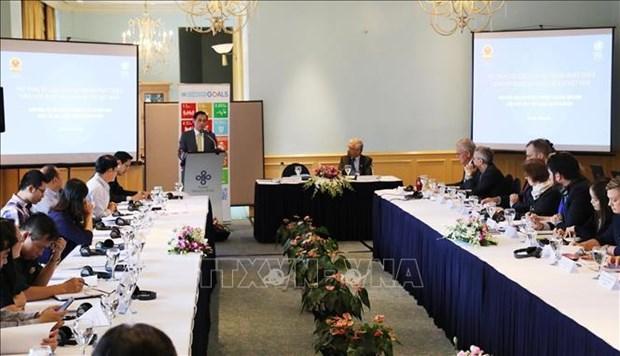 Colloque sur la reforme du systeme de developpement de l'ONU a Hanoi hinh anh 1