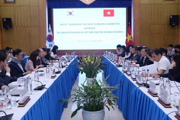 Le Vietnam et la R. de Coree cherchent a promouvoir leurs liens economiques hinh anh 1
