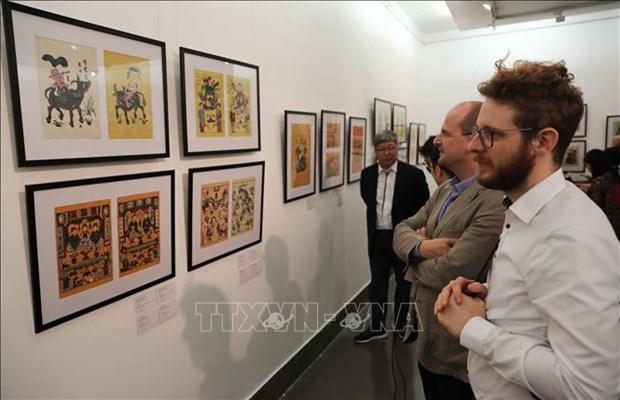 Ouverture de l'exposition sur les estampes populaires Dong Ho d'hier et d'aujourd'hui hinh anh 1