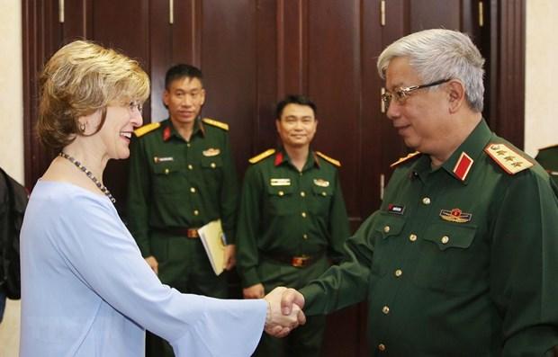Le Vietnam et l'USAID cooperent dans la decontamination de dioxine de l'aeroport de Bien Hoa hinh anh 1