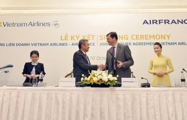 La joint-venture entre Vietnam Airlines et Air France a transporte pres de 625.000 passagers hinh anh 1
