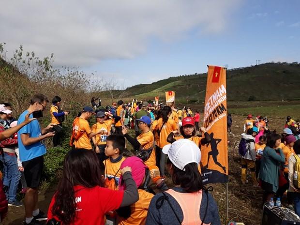 Plus de 3.000 coureurs participeront au Marathon en sentier du Vietnam 2020 hinh anh 1