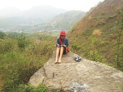 COVID-19: l'enseignement a distance, un defi pour les eleves montagnards hinh anh 1