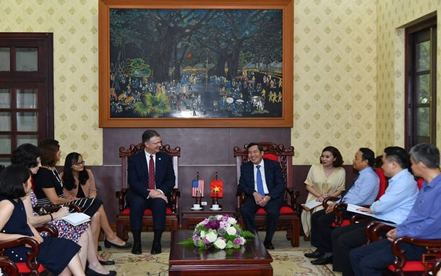 Les Etats-Unis et le Vietnam cherchent a etendre leur cooperation dans la presse hinh anh 1