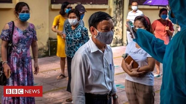 Des experts internationaux saluent la reaction du Vietnam devant la nouvelle vague de COVID-19 hinh anh 1