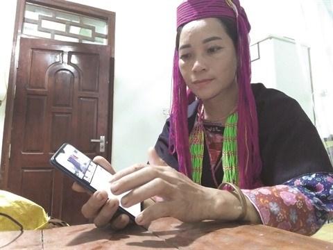 Tang Lien, la youtubeuse d'ethnie Dao qui cartonne ! hinh anh 1