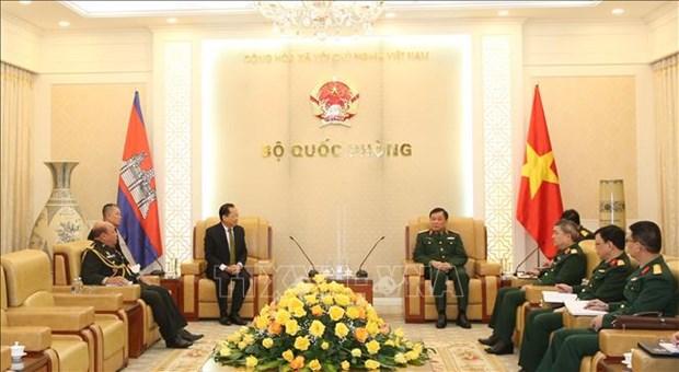 Vietnam et Cambodge boostent leur cooperation dans la defense hinh anh 1