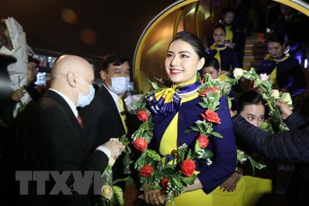 L'avion de Vietravel Airlines a atterri pour la premiere fois a l'aeroport de Phu Bai hinh anh 1