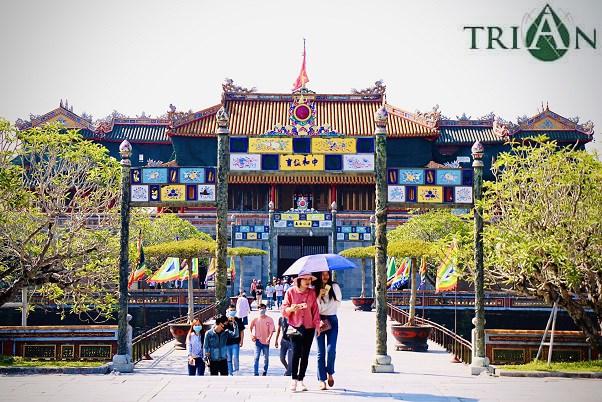 Ancienne cite imperiale de Hue : une chute de 72,6% de son chiffre d'affaires en 2020 hinh anh 1