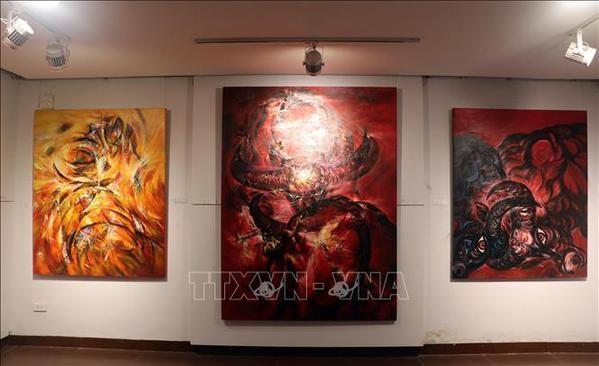 L'exposition sur le buffle, signe du zodiaque de l'annee 2021, a Da Nang hinh anh 1