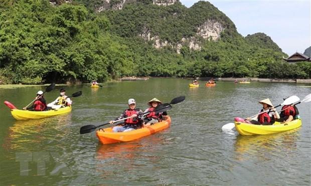 Ninh Binh travaille pour assurer la securite de l'ouverture de l'Annee nationale du tourisme 2021 hinh anh 2