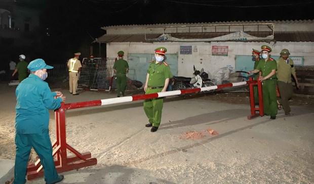 COVID-19: Vinh Phuc inspecte les etrangers en sejour irregulier hinh anh 1