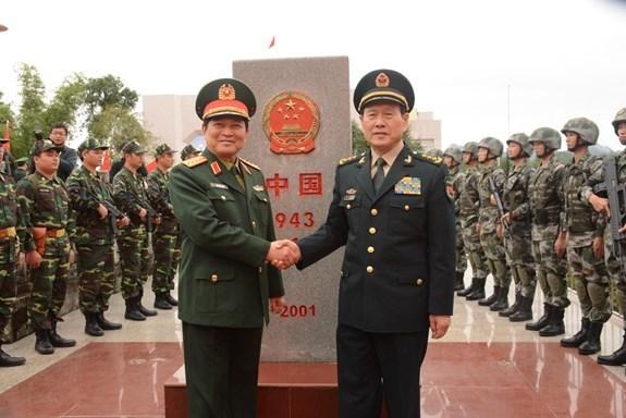 Le 5e Echange d'amitie de la defense frontaliere Vietnam-Chine commence hinh anh 1