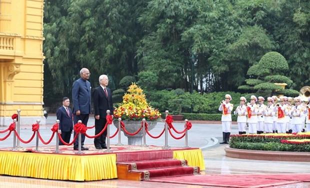 Ceremonie d'accueil du president indien Ram Nath Kovind hinh anh 1