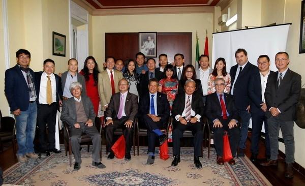 2e Congres de l'Association des hommes d'affaires vietnamiens en Italie hinh anh 1