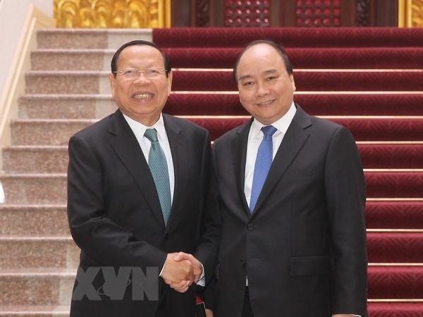 Le PM Nguyen Xuan Phuc recoit le ministre cambodgien du Plan hinh anh 1