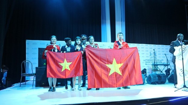Performances du Vietnam aux Olympiades internationales junior des sciences hinh anh 1