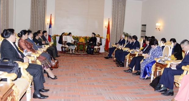 FPAP-27: la presidente de l'AN Nguyen Thi Kim Ngan rencontre son homologue laotienne Pany Yathotou hinh anh 1