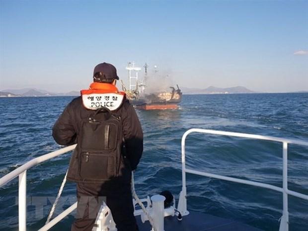 Incendie sur un bateau de peche sud-coreen: plus d'informations sur les deux victimes vietnamiennes hinh anh 1