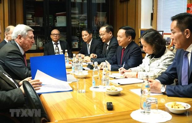 Renforcement de l'integration des Vietnamiens dans la societe russe hinh anh 1