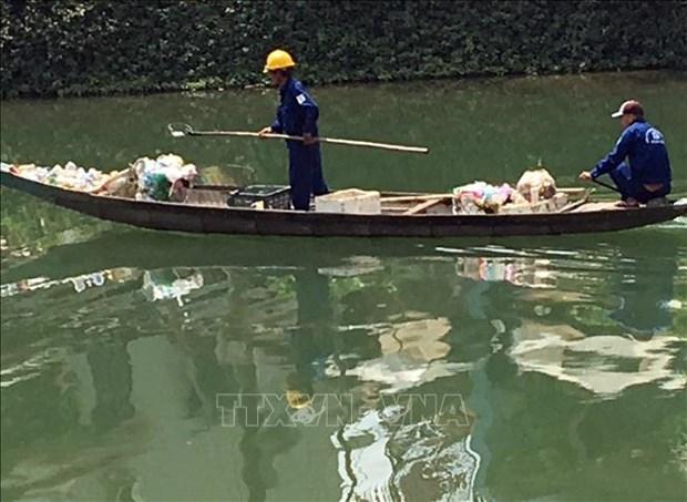 Thua Thien-Hue: renforcement des mesures pour diminuer les dechets dans les rivieres hinh anh 1