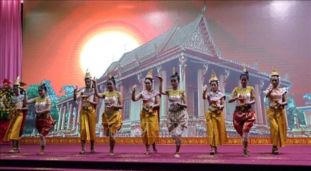 Celebration de la fete Chol Chnam Thmay dans plusieurs localites hinh anh 1