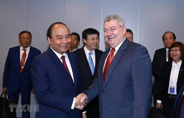 Le Premier ministre Nguyen Xuan Phuc recoit le president du Parti communiste de Boheme et Moravie hinh anh 1