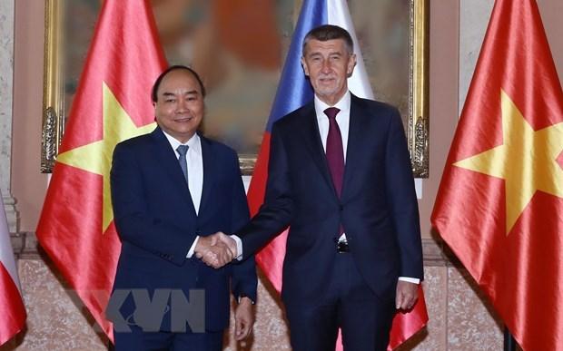 La presse tcheque: la visite du PM vietnamien cree une motivation a la cooperation bilaterale hinh anh 1