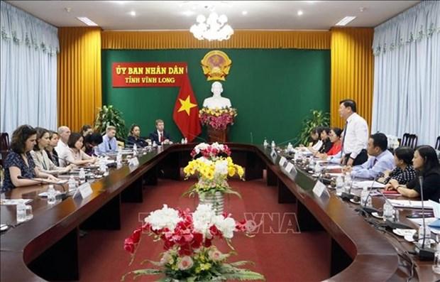 Une delegation d'assistants parlementaires americains en visite a Vinh Long  hinh anh 1