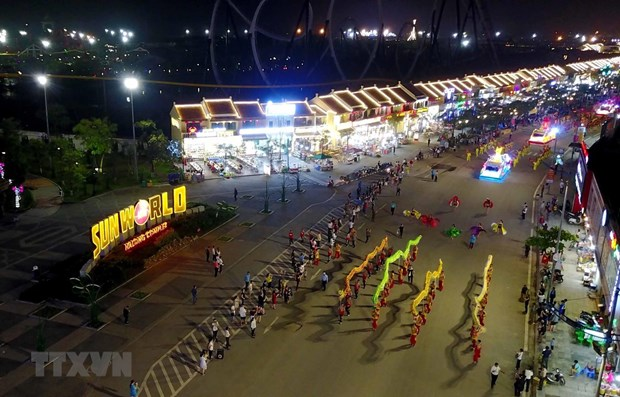 Le carnaval d'Ha Long 2019 a lieu aux deux bouts de la ville hinh anh 1