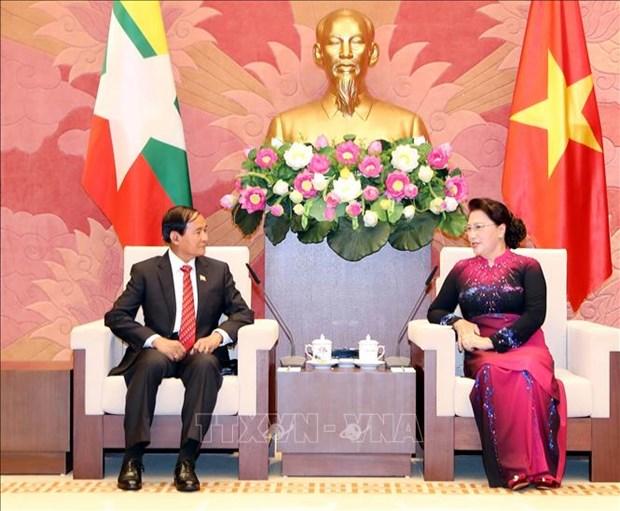 Entrevue entre la presidente de l'AN vietnamienne et le president birman hinh anh 1