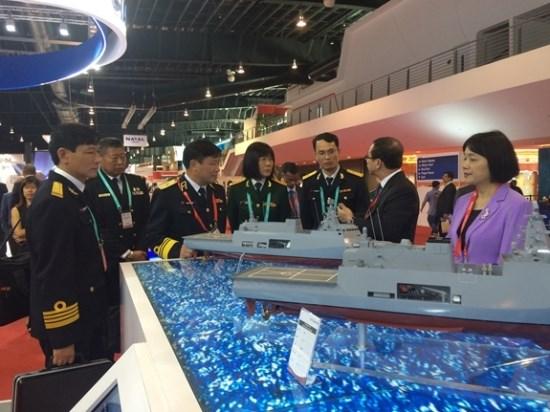 Defense maritime : le Vietnam participe au salon asiatique IMDEX 2019 hinh anh 1