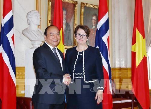 Entrevue entre le PM Nguyen Xuan Phuc et la presidente du Parlement norvegien hinh anh 1
