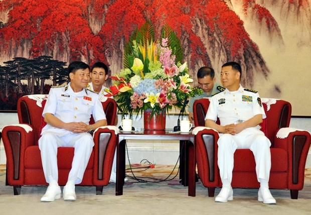 Une delegation de la Marine populaire vietnamienne en visite de travail en Chine hinh anh 1
