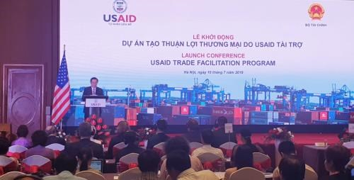 Lancement du projet de facilitation du commerce finance par l'USAID hinh anh 1