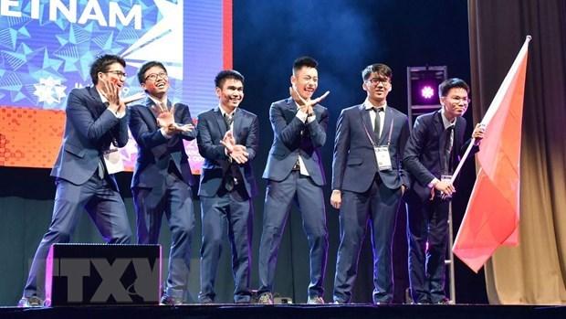 Maths : le Vietnam remporte deux medailles d'or et quatre d'argent aux Olympiades internationales hinh anh 1