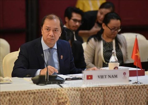 ASEAN : le Vietnam participe a une reunion des hauts fonctionnaires a Bangkok hinh anh 1
