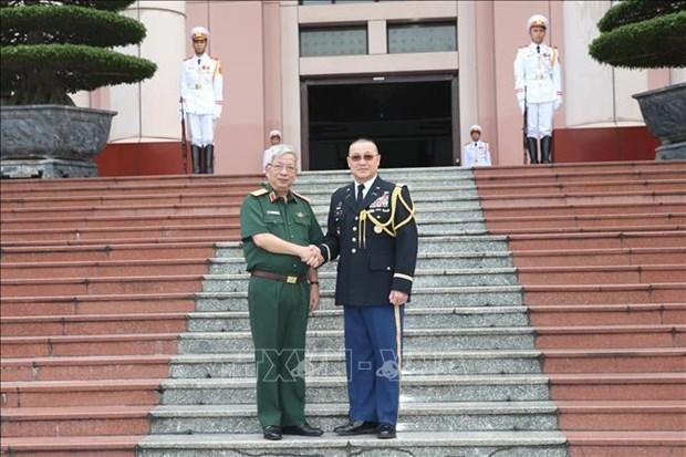 Le general Nguyen Chi Vinh recoit l'attache de defense des Etats-Unis hinh anh 1