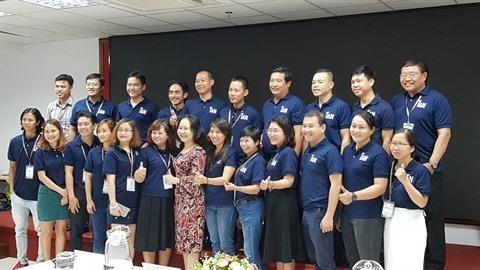 Presentation du club des anciens etudiants vietnamiens a l'etranger de Ho Chi Minh-Ville hinh anh 1