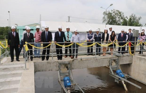 Inauguration d'une usine de traitement des eaux usees dans la ville de Long Xuyen hinh anh 1