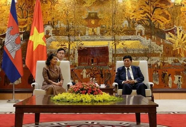 Renforcement de la cooperation entre Hanoi et Phnom Penh hinh anh 1