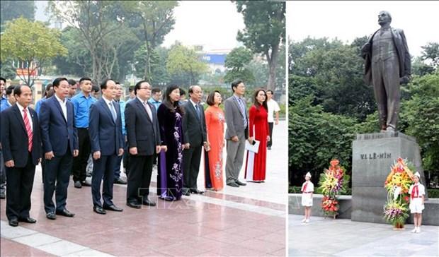 Hanoi : commemoration du 102e anniversaire de la Revolution d'Octobre russe hinh anh 1