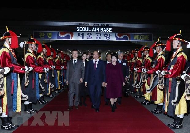 Le Premier ministre termine son sejour en Republique de Coree hinh anh 1