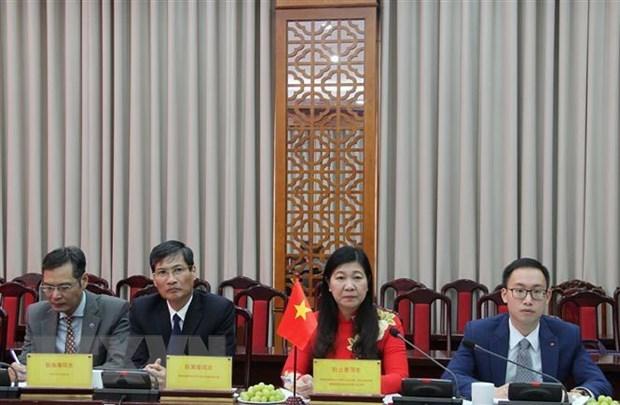 Renforcer la cooperation entre l'antenne du FPV de Hanoi et le Comite national de la CCPPC du Xizang hinh anh 1
