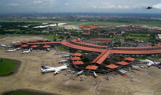 Indonesie: l'aeroport de Jakarta ferme en raison de fortes pluies hinh anh 1