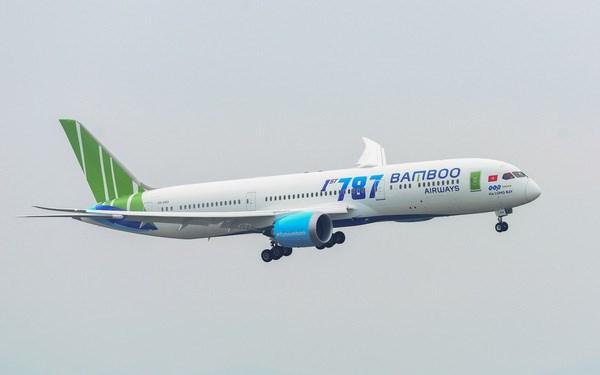 COVID-19: Bamboo Airways soutient le frais de transport du materiel medical hinh anh 1