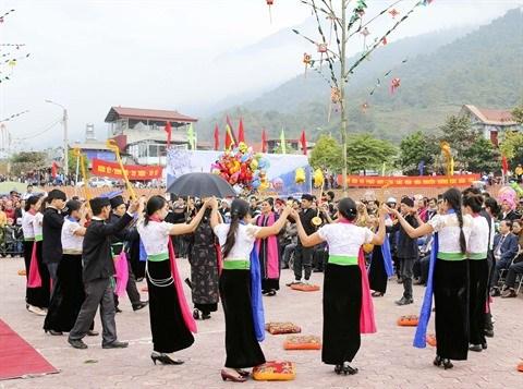Danse xoe, la fierte des Thai hinh anh 1